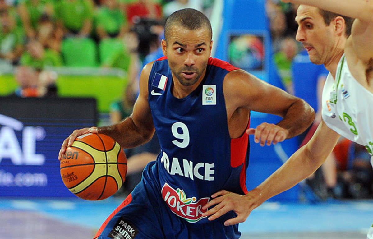 Tony Parker's 27 points helped lead France into the semifinals at the European championships.