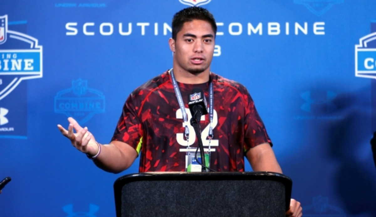 Manti Te'o said that he will meet with 20 NFL teams during the NFL scouting combine's interview window. (Ben Liebenberg/AP)