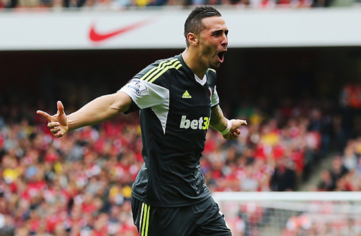 Geoff Cameron's first goal in English soccer pulled Stoke level with Arsenal at the Emirates.