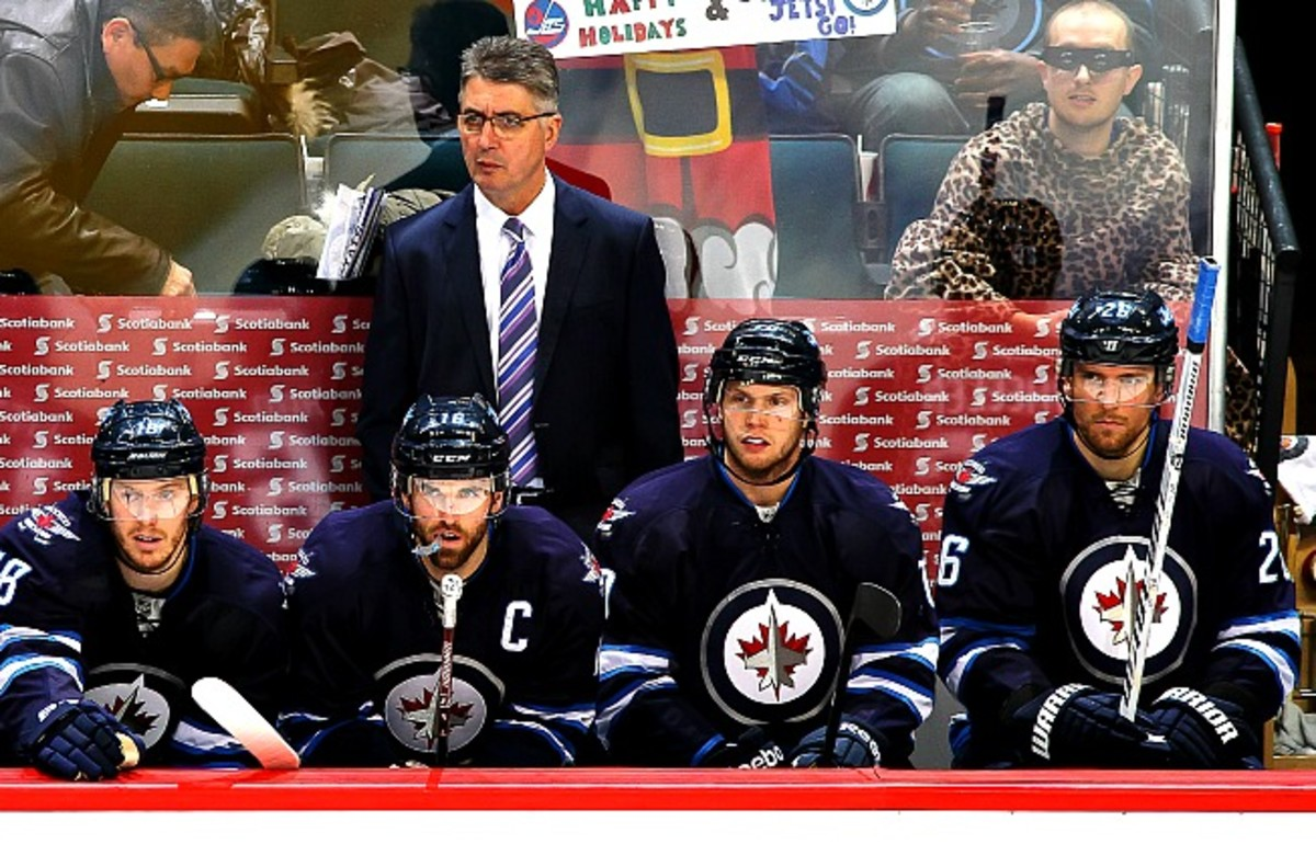 As fan discontent grows, Jets coach Claude Noel takes more heat for the Jets' lackluster play.