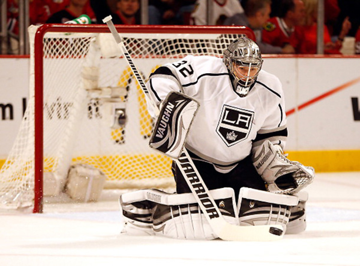 Jonathan Quick will likely be the favorite to start for the U.S. in Sochi, but he will have stiff competition. [Gregory Shaums/Getty Images]