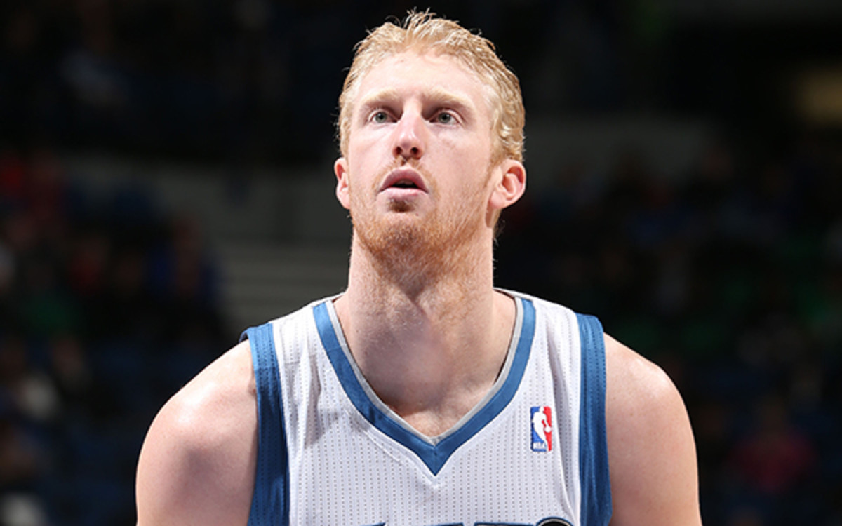T-Wolves forward Chase Budinger will be evaluated next week after injuring his left knee. (Photo by David Sherman/NBAE via Getty Images)