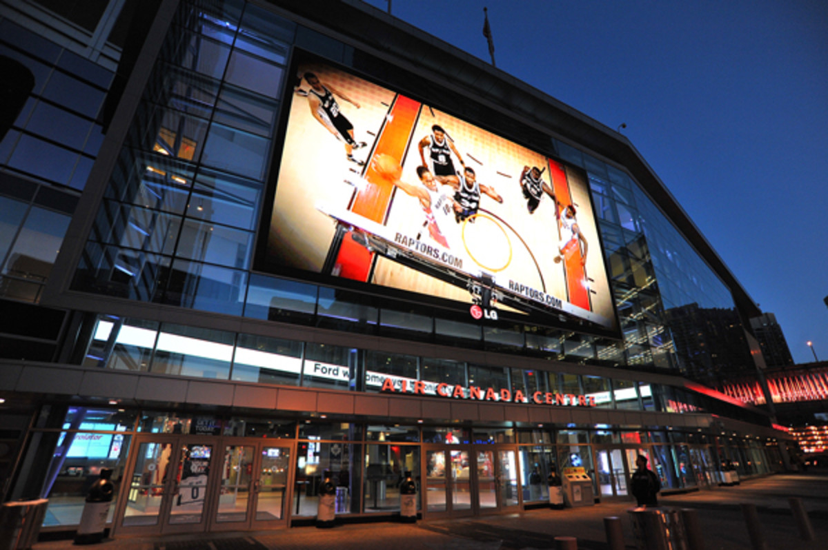 Toronto's Air Canada Centre will reportedly play host to the 2016 NBA All-Star Weekend. (Garrett Ellwood/Getty Images)