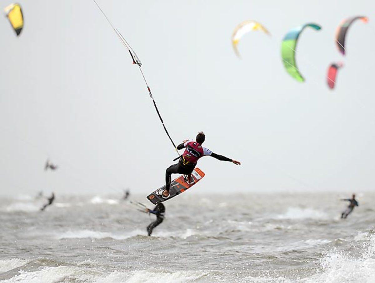 130722141713-kite-surfing-single-image-cut.jpg