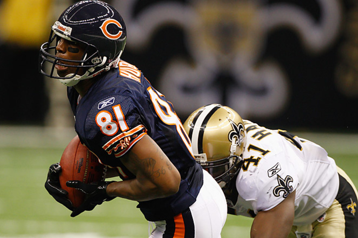 Hurd signed a three-year contract with the Bears in 2011 that was reportedly worth up to $5.15 million.