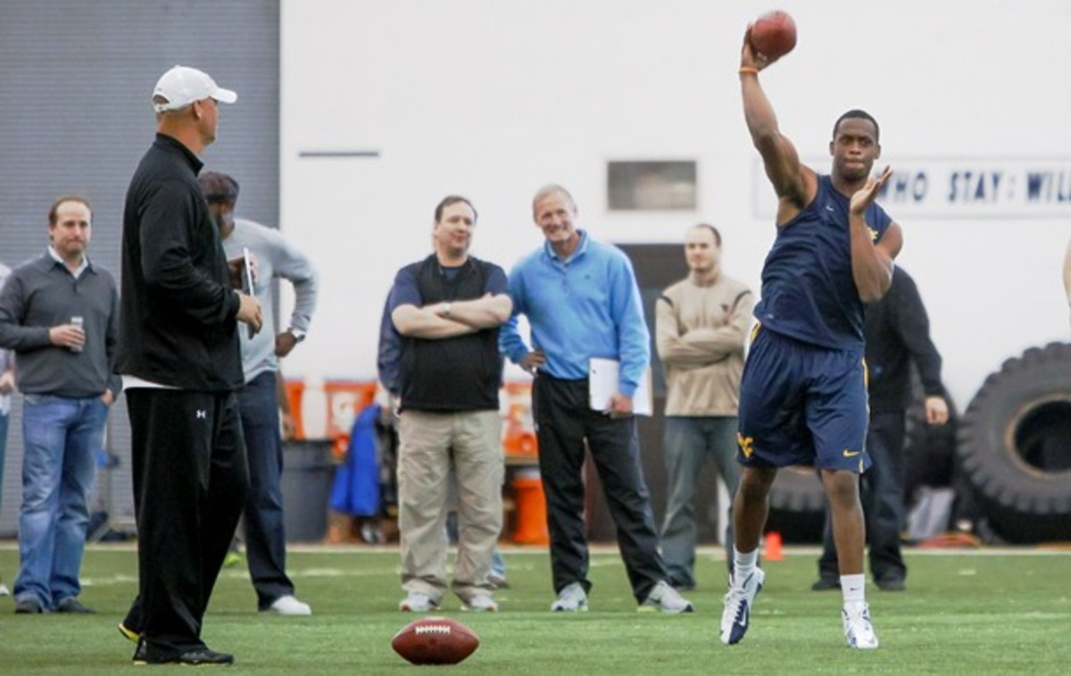 Geno Smith put on an impressive show at the recent West Virginia Pro Day. (David Smith/AP)