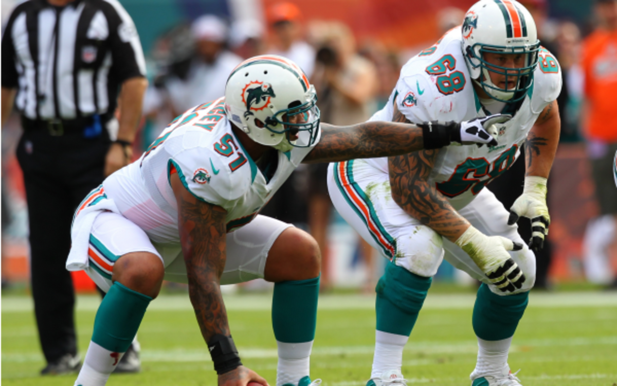 Dolphins center Mike Pouncey said he hung out with Richie Incognito this weekend. (AP Photo/Kevin Terrell)