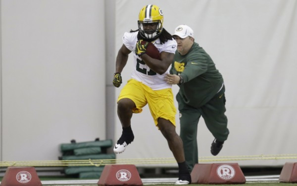 Rookie running back Eddie Lacy needs to step up. (Mike McGinnis/Getty Images)