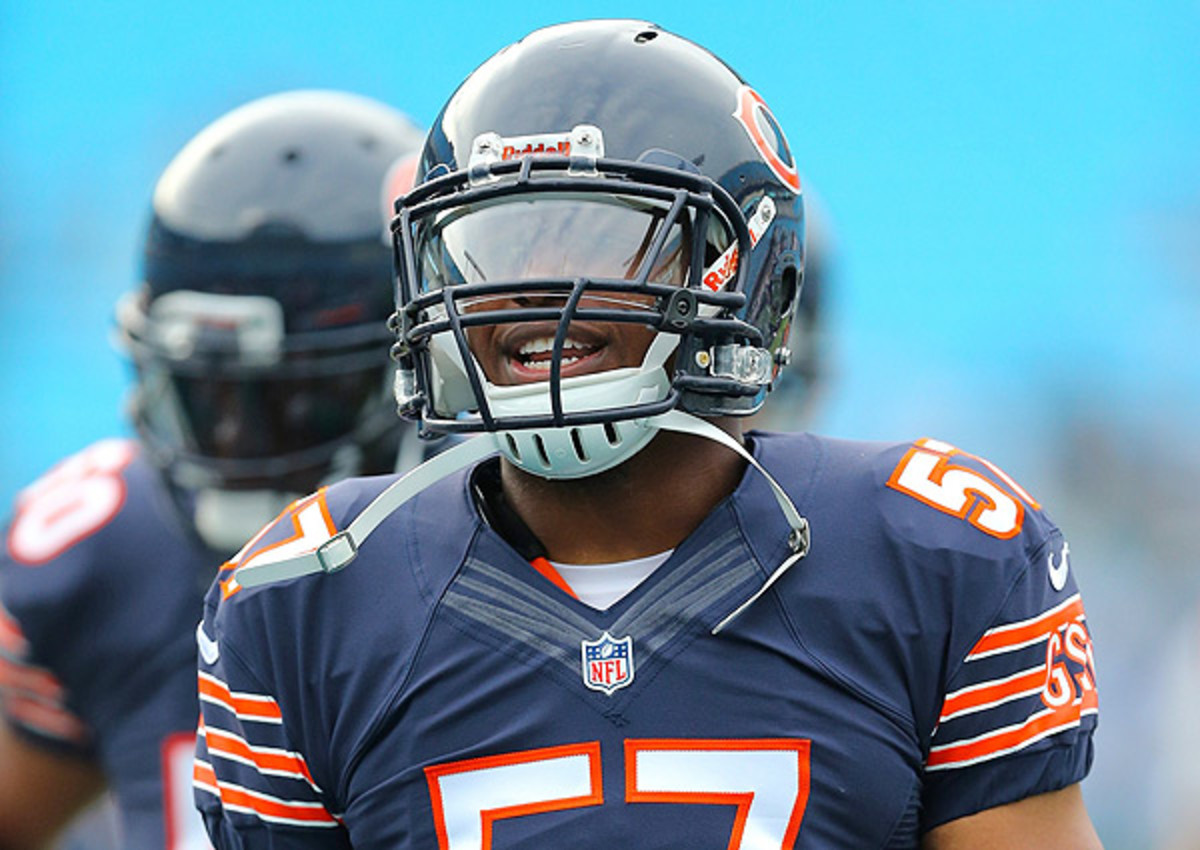 Chicago Bears rookie linebacker Jon Bostic has been fined for avicioushit.