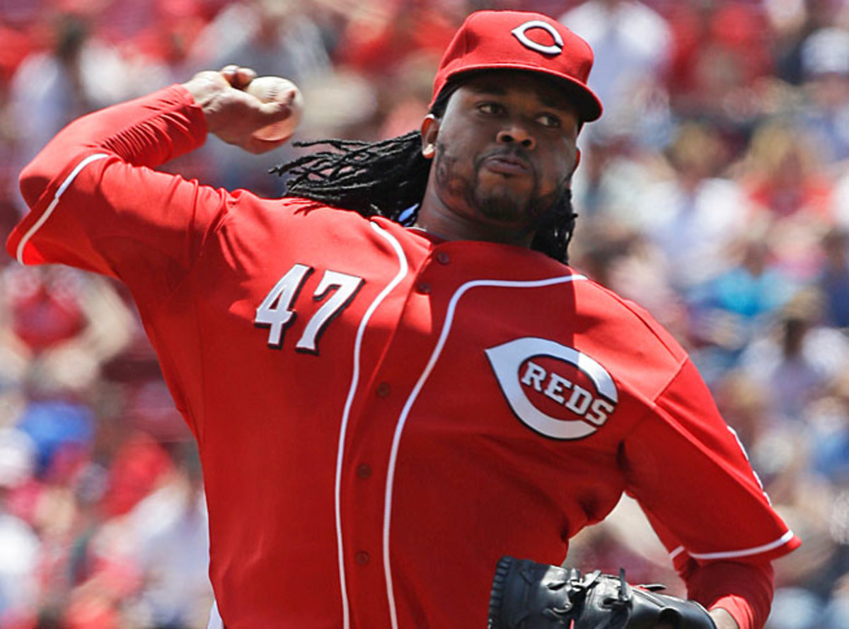 Johnny Cueto appeared to throw at the Cubs' David DeJesus on Sunday.