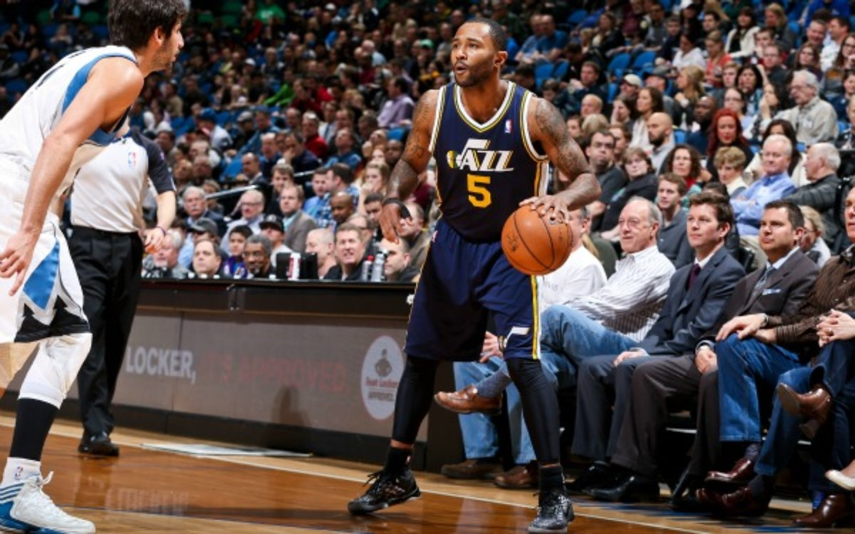 The Memphis Grizzlies are the latest team to express interest in Mo Williams. (David Sherman/Getty Images)