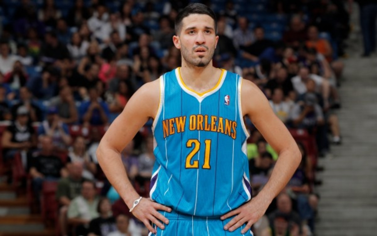 Greivis Vasquez averaged 13,9 points and nine assists in 2012-13. (Rocky Widner/NBAE via Getty Images)