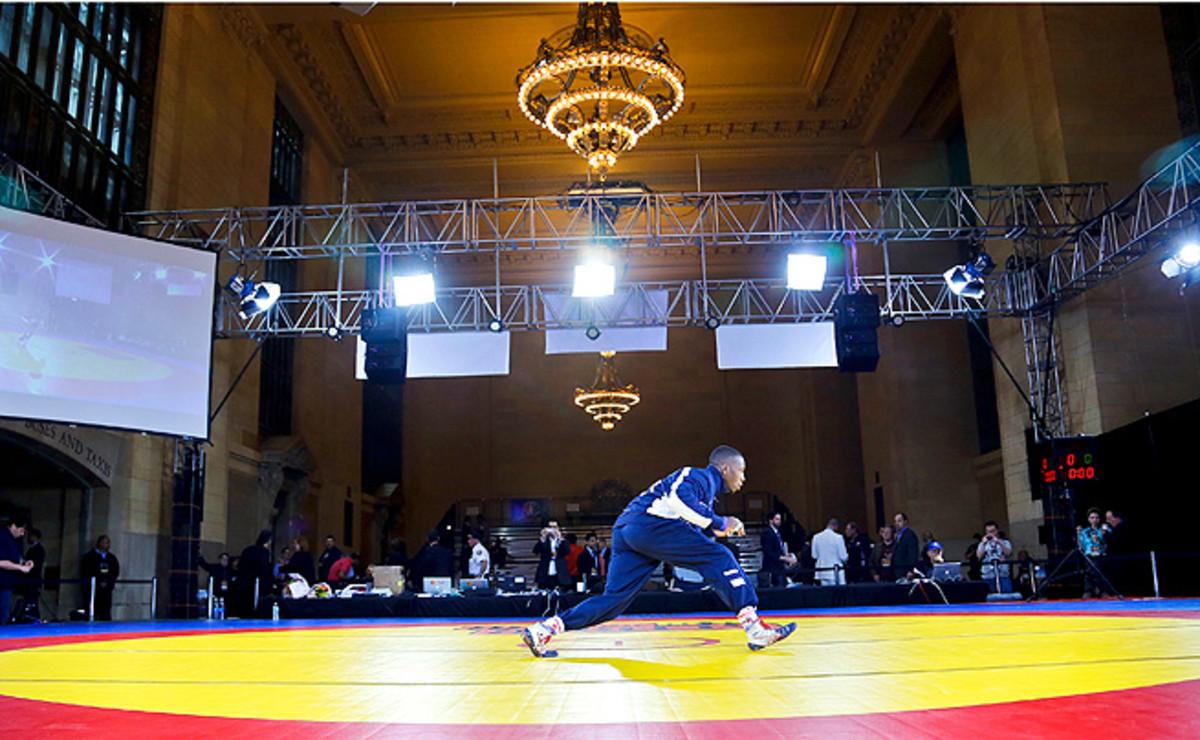 130529111936-wrestling-grand-central-1-single-image-cut.jpg