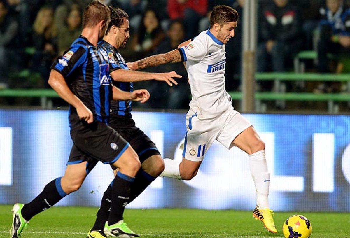 Ricardo Alvarez (right) scored Inter's only goal in a 1-1 draw at Atalanta on Tuesday.