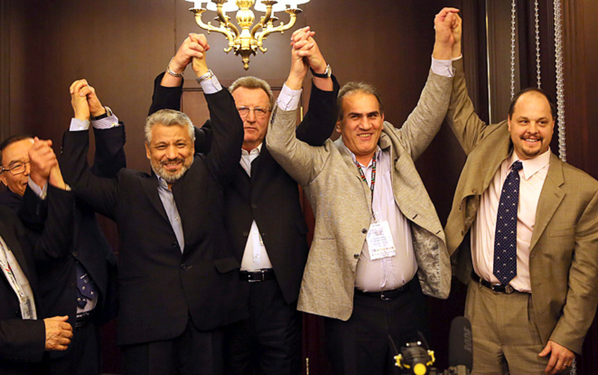 130227154928-us-iran-wrestling-2-single-image-cut.jpg