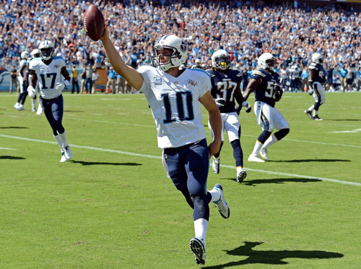 Jake Locker made all sorts of plays against the Chargers. (Mark Zaleski/AP)