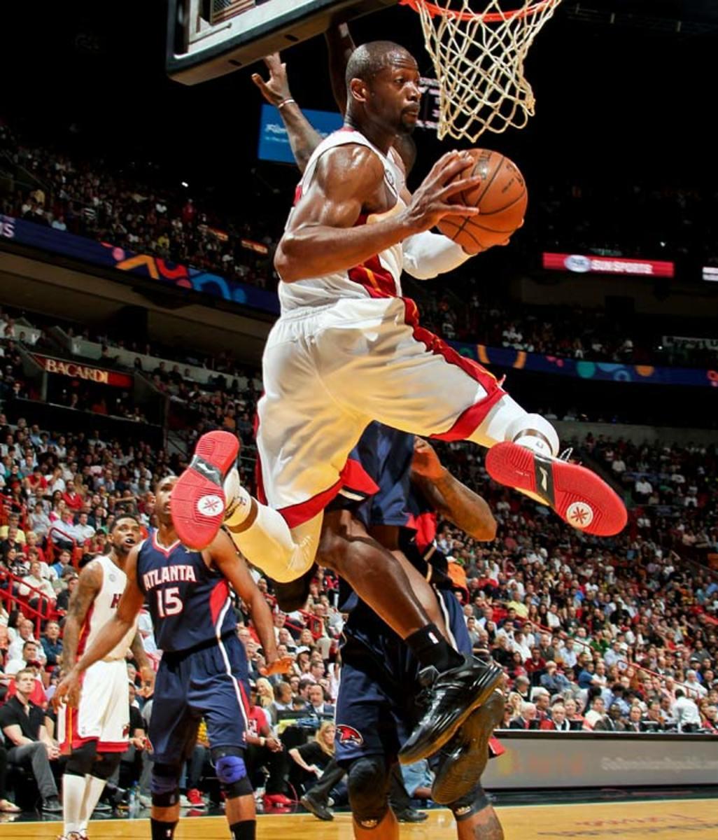 Heat 98, Hawks 81