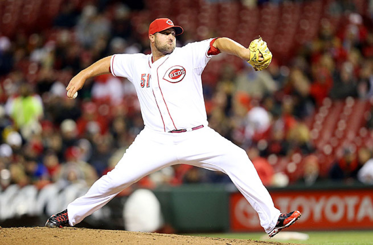 Broxton pitched the 14th inning and took the loss in a 6-5 defeat to the Cubs at Wrigley Field Thursday.