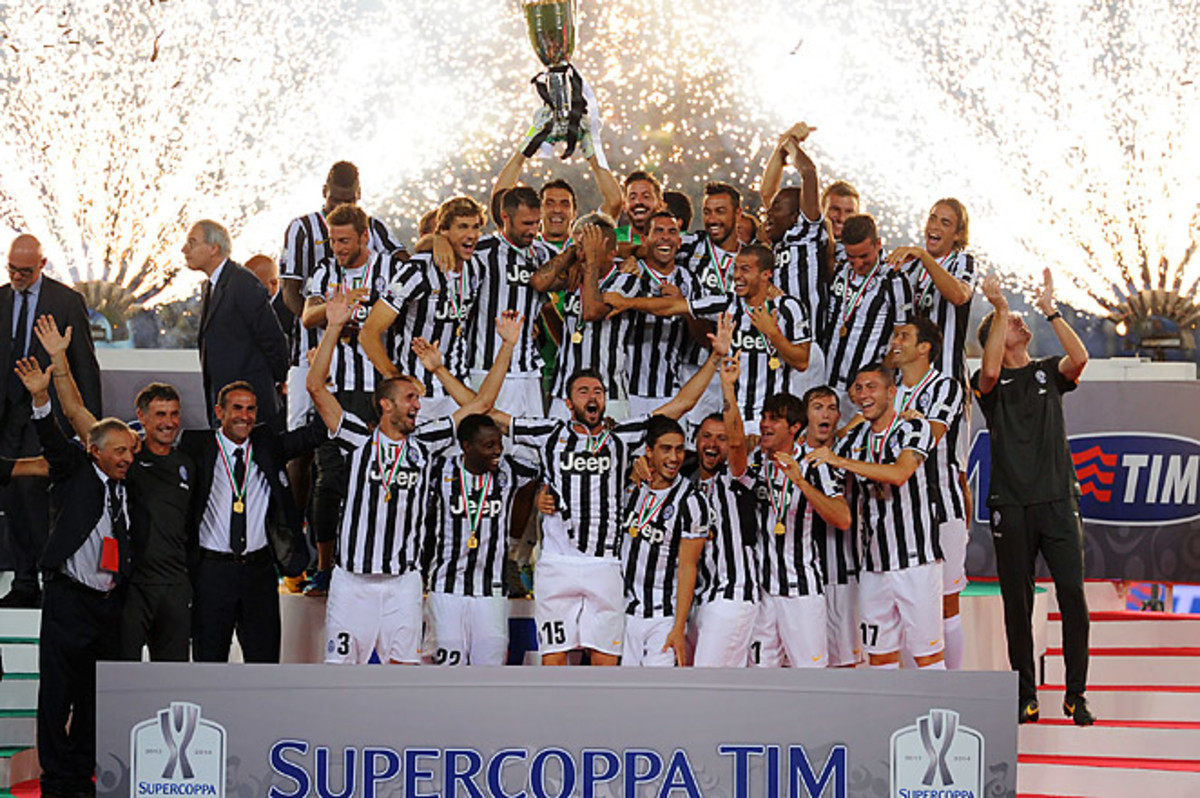 Juventus won their sixth Italian Supercup, and are favored to win Serie A for a third consecutive time.