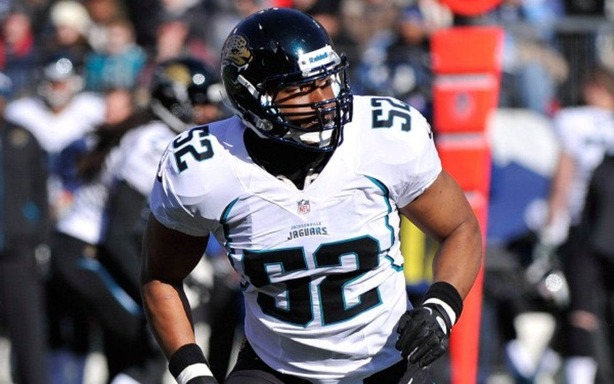 The Ravens signed veteran linebacker Daryl Smith to a one-year deal. (Frederick Breedon/Getty Images)