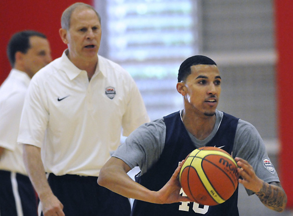 U.S. assistant coach John Beilein instructs  guard Kendall Williams during World University Games workouts on Tuesday. [Jim Thompson/ZUMAPRESS.com]