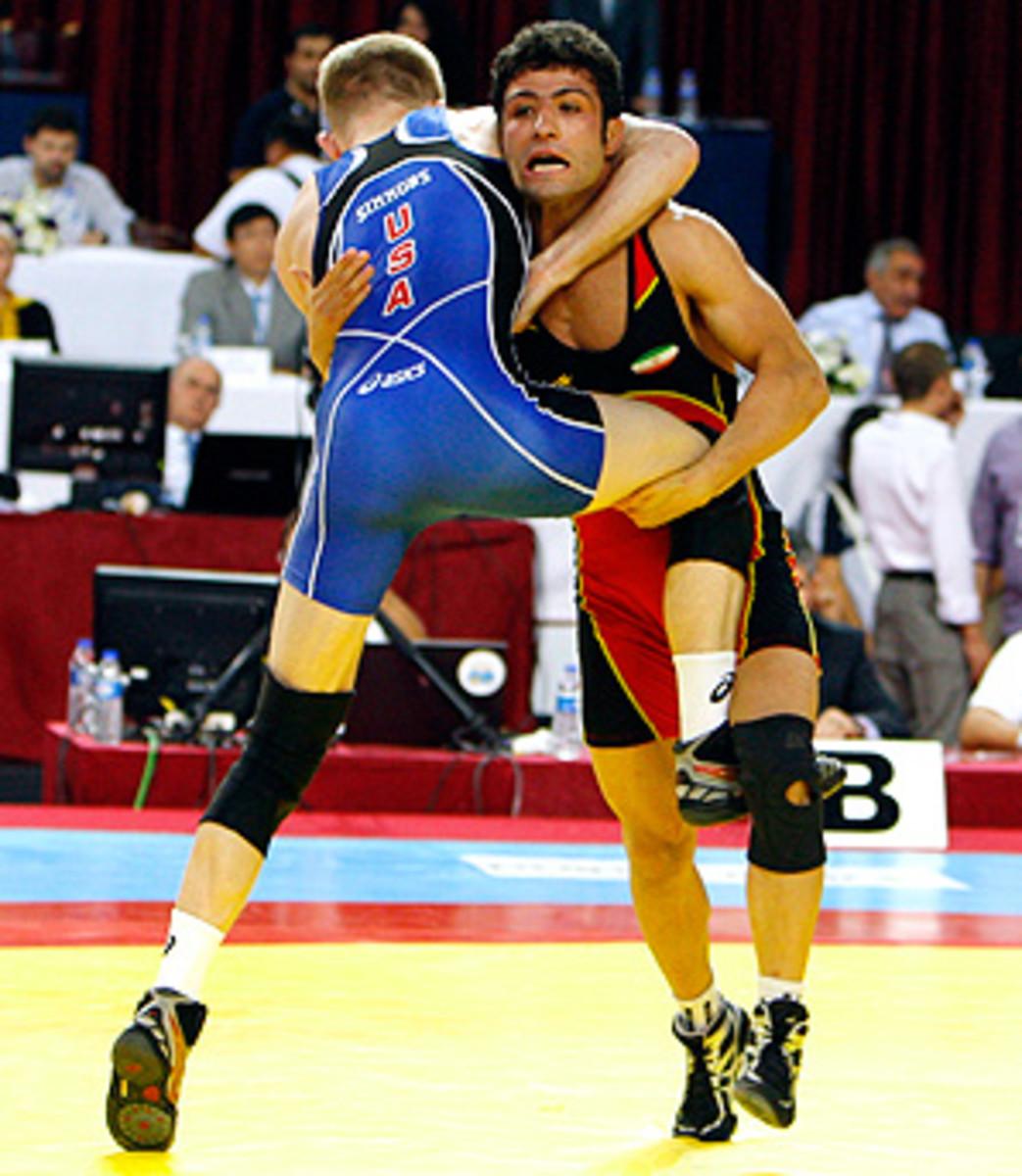 130219110022-us-iran-wrestling-1-single-image-cut.jpg