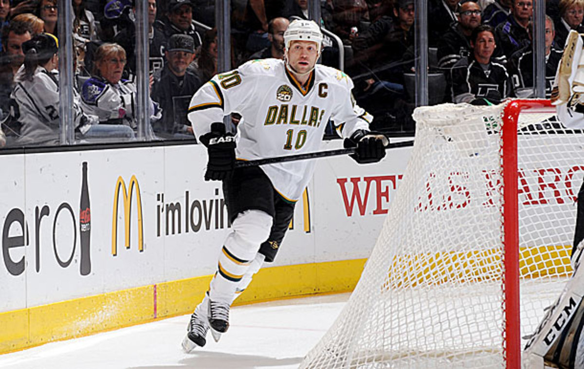 Brenden Morrow was traded to the Pittsburgh Penguins