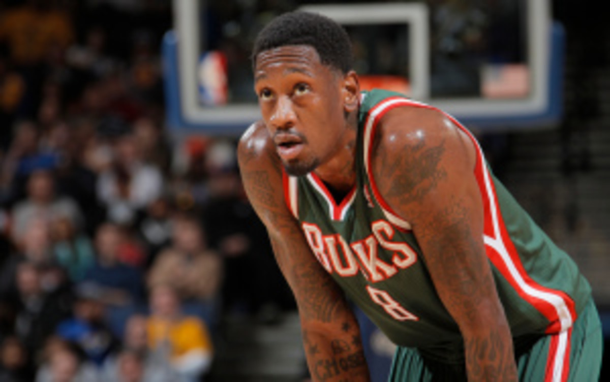 Bucks big man Larry Sanders inked a five-year extension on Tuesday. (Rocky Widner/Getty Images)