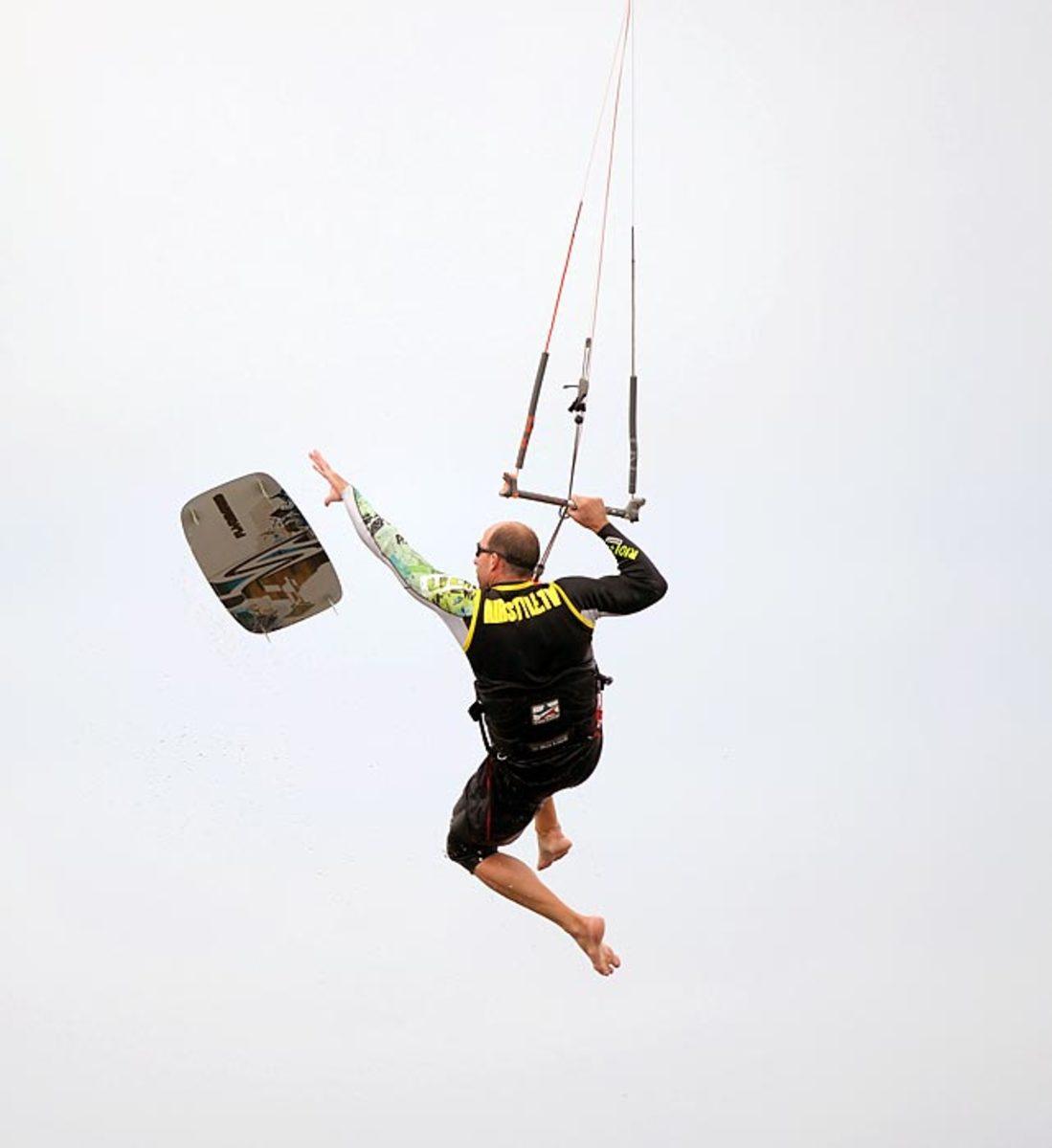 130725112138-kite-surfing-8-single-image-cut.jpg