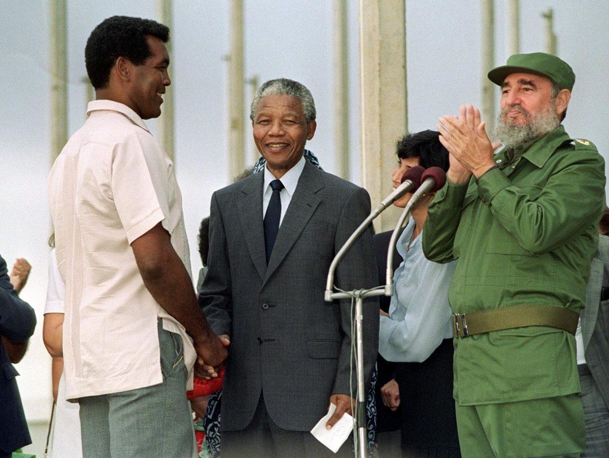 1991-Nelson-Mandela-Teofilo-Stevenson-Fidel-Castro.jpg