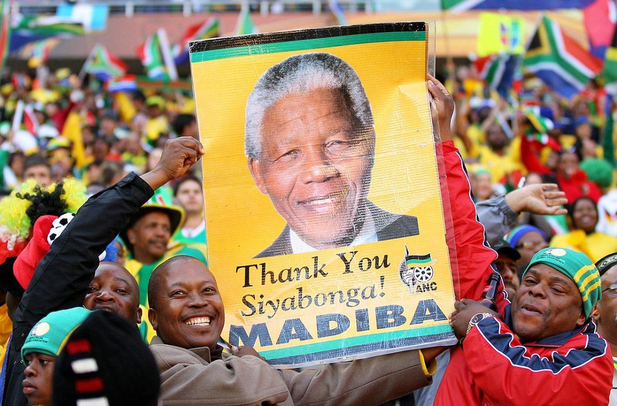 2010-Nelson-Mandela-fans.jpg