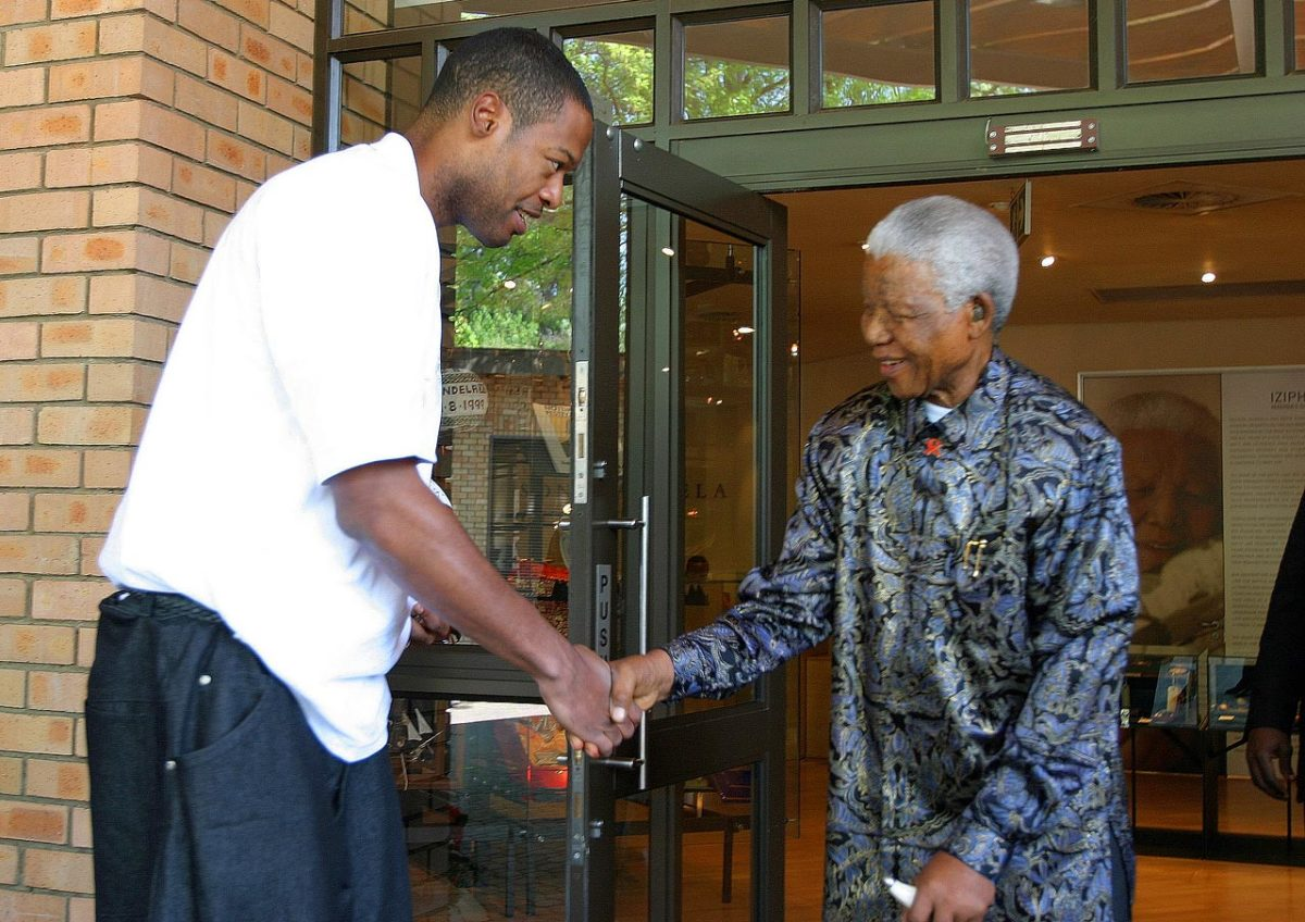 2005-Nelson-Mandela-Marcus-Camby.jpg