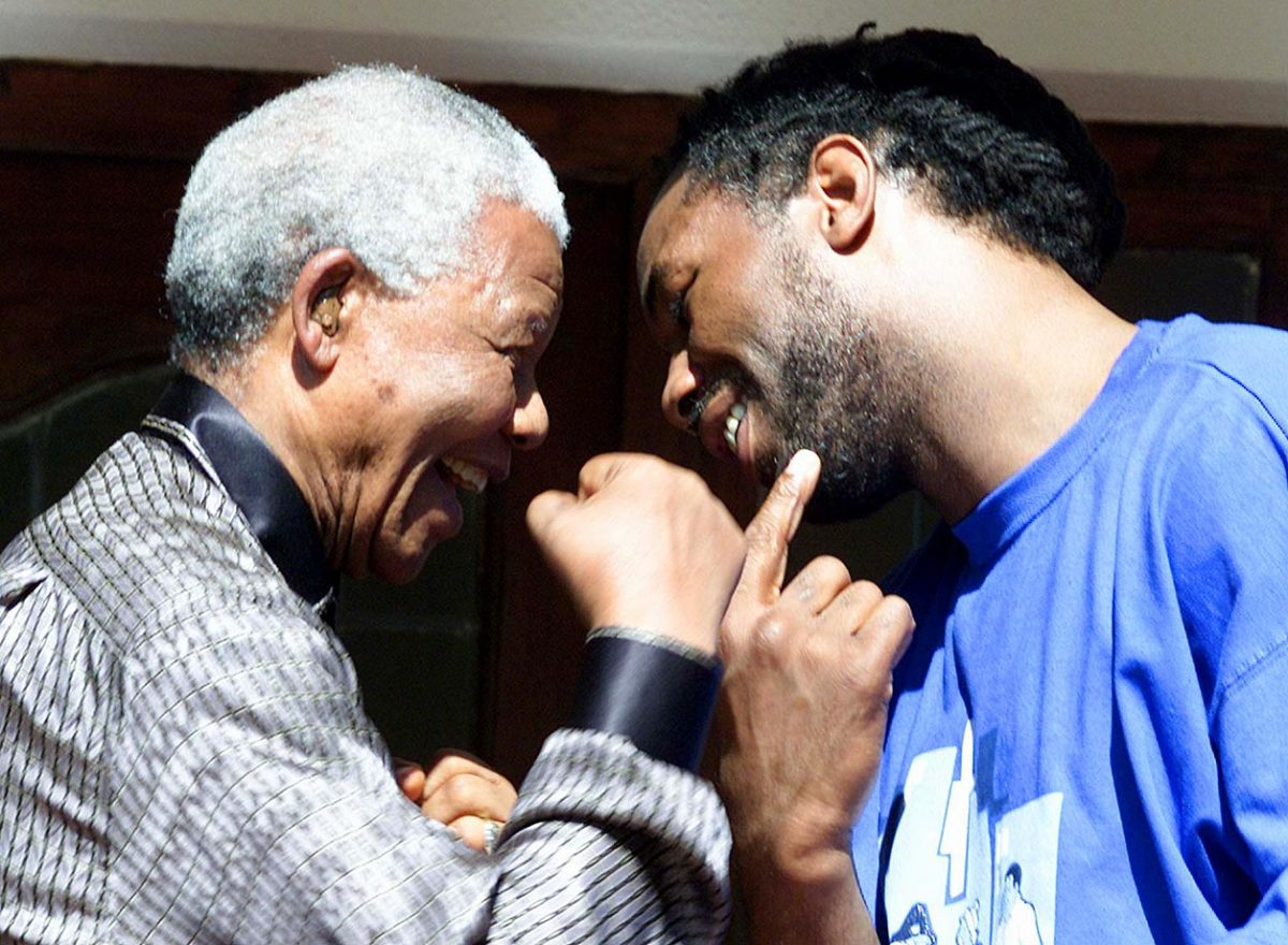 2001-Nelson-Mandela-Lennox-Lewis.jpg