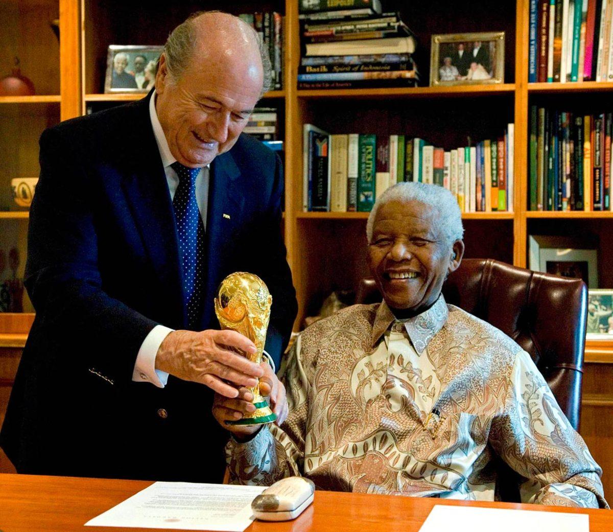 2008-Nelson-Mandela-Sepp-Blatter.jpg