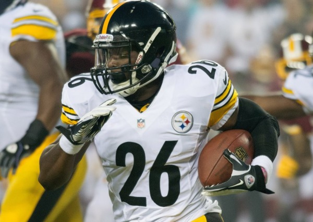 Le'Veon Bell is expected to make his NFL debut on Sunday. (MCT via Getty Images)