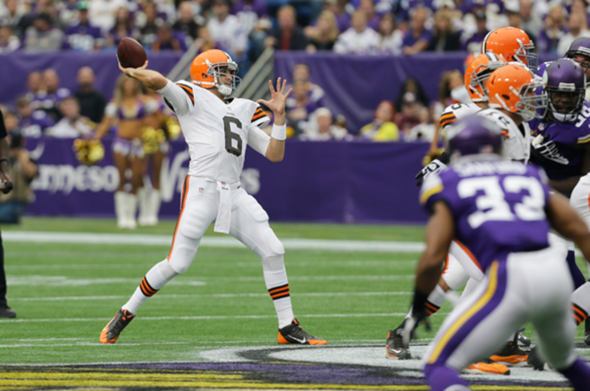 Browns quarterback Brian Hoyer has been dialed in against the Vikings.