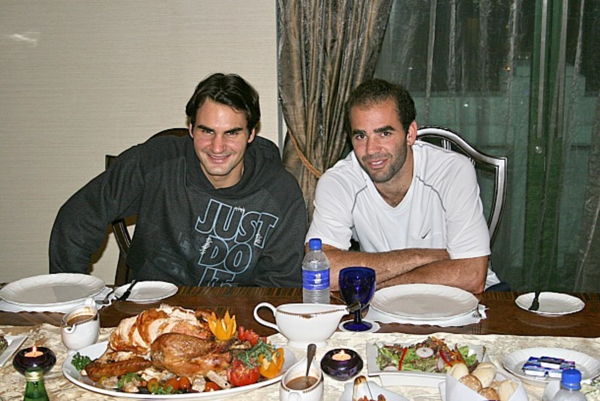 Roger Federer hosts Pete Sampras for Thanksgiving dinner in Malaysia in 2007. (Getty Images handout/Getty Images)