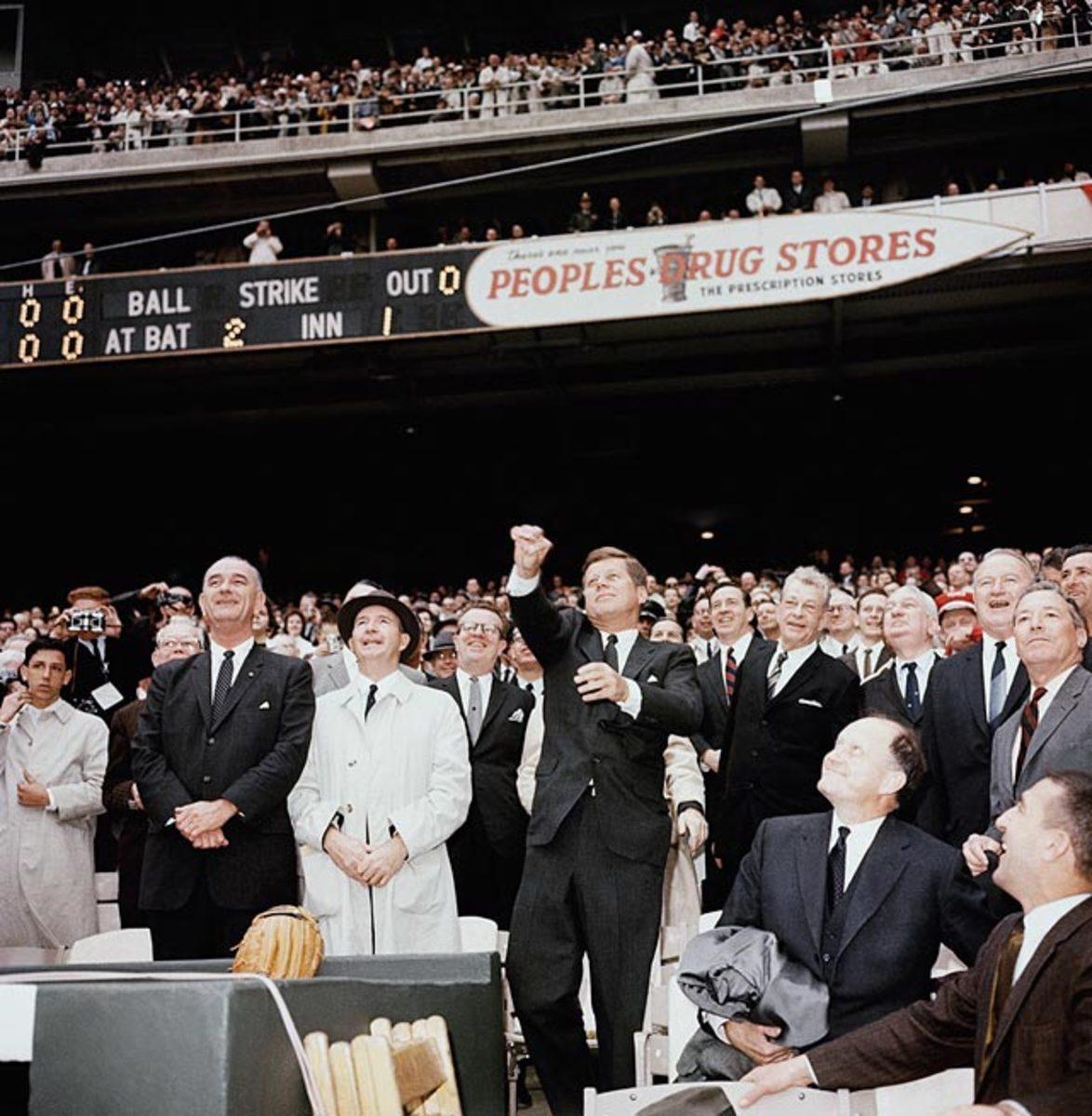 131121180927-1962-john-f-kennedy-senators-tigers-single-image-cut.jpg