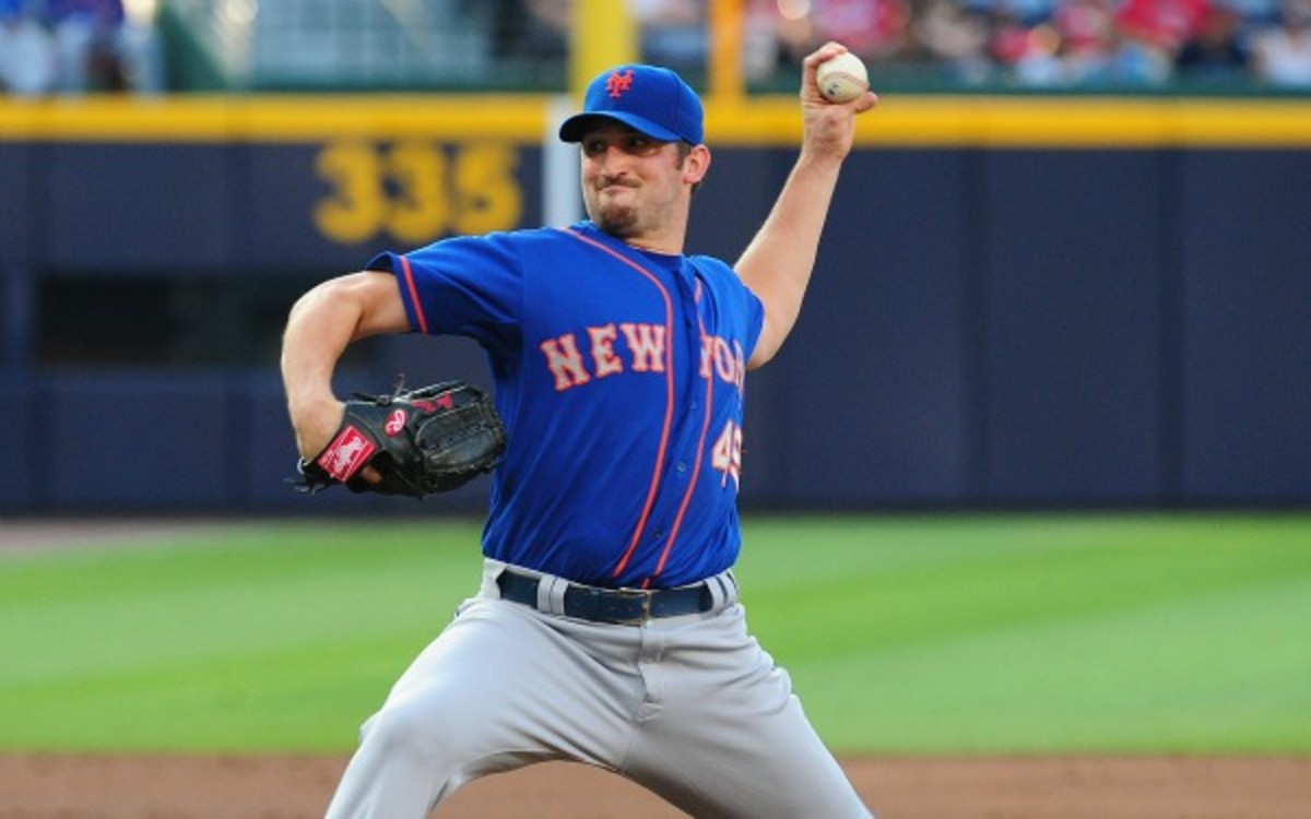 Jonathon Niese has a tear in his rotator cuff. (Photo by Scott Cunningham/Getty Images)