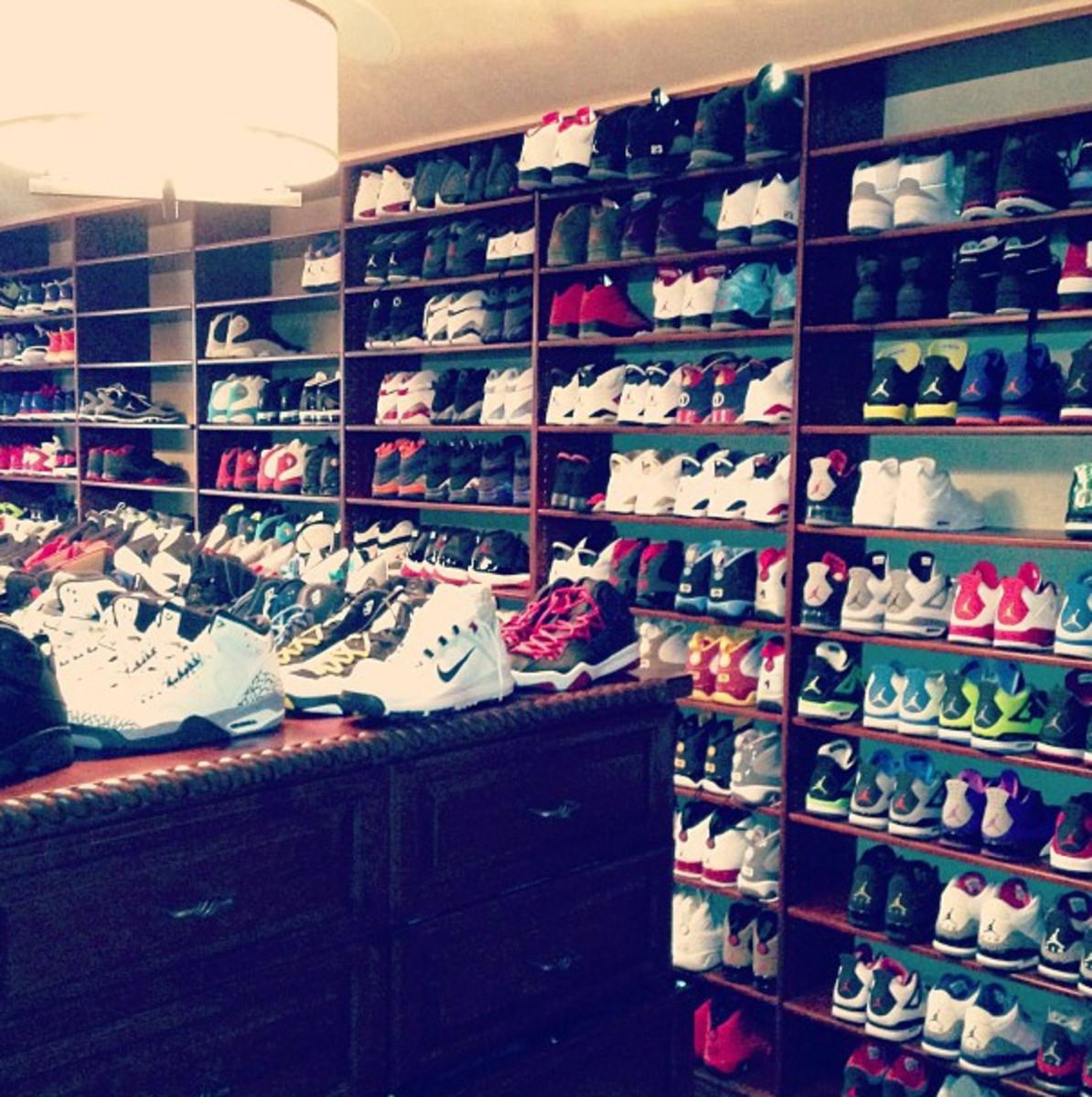 Chris Paul's shoe closet (jada_ap on Instagram)
