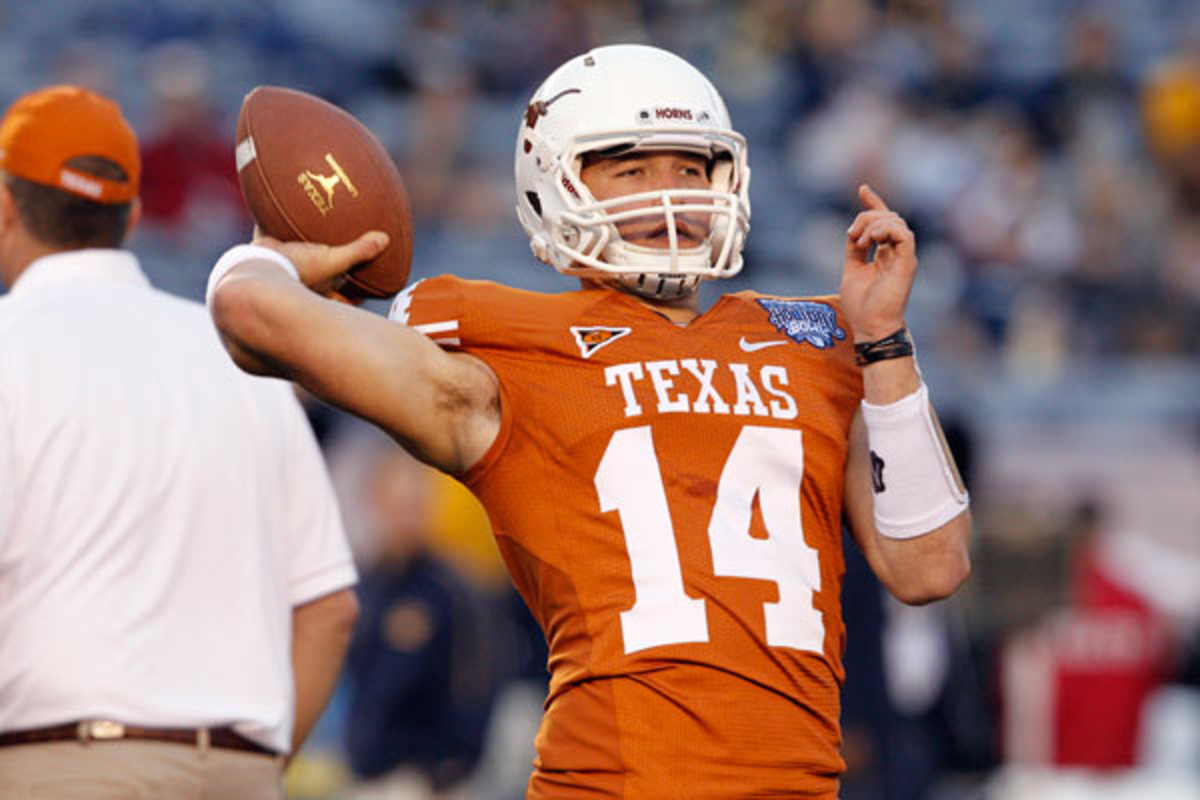 David Ash's return from a concussion lasted just two quarters for the Longhorns.