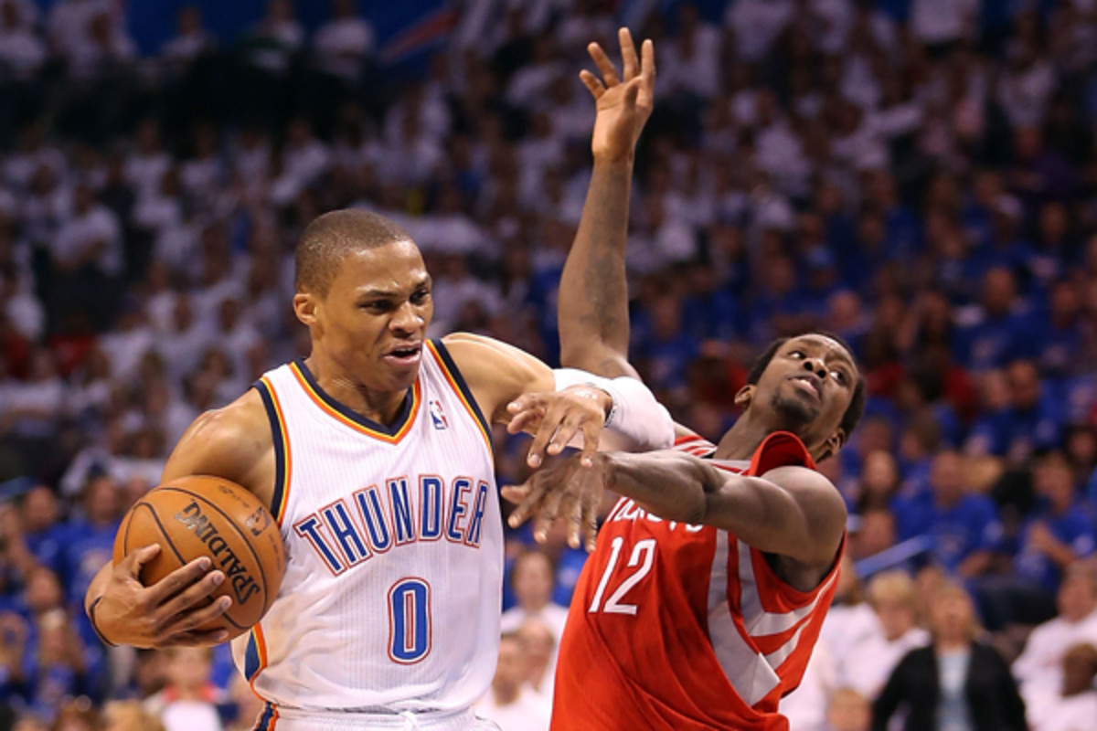 Russell Westbrook takes exception to Patrick Beverley. (Christian Petersen/Getty Images)