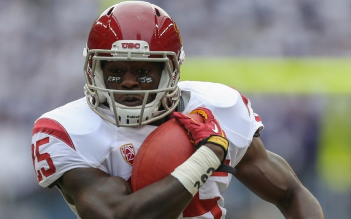Silas Redd rushed for 951 yards and four touchdowns for USC in 2012. (Otto Greule Jr/Getty Images)