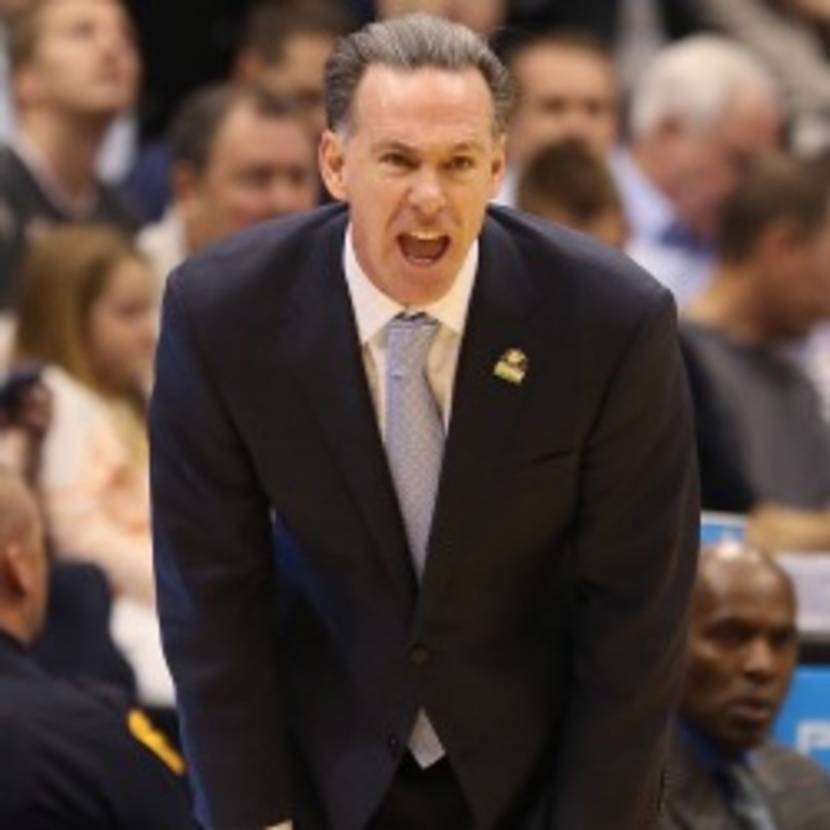 Pittsburgh head coach Jamie Dixon signed a deal through the 2022-23 season. (Streeter Lecka/Getty Images)