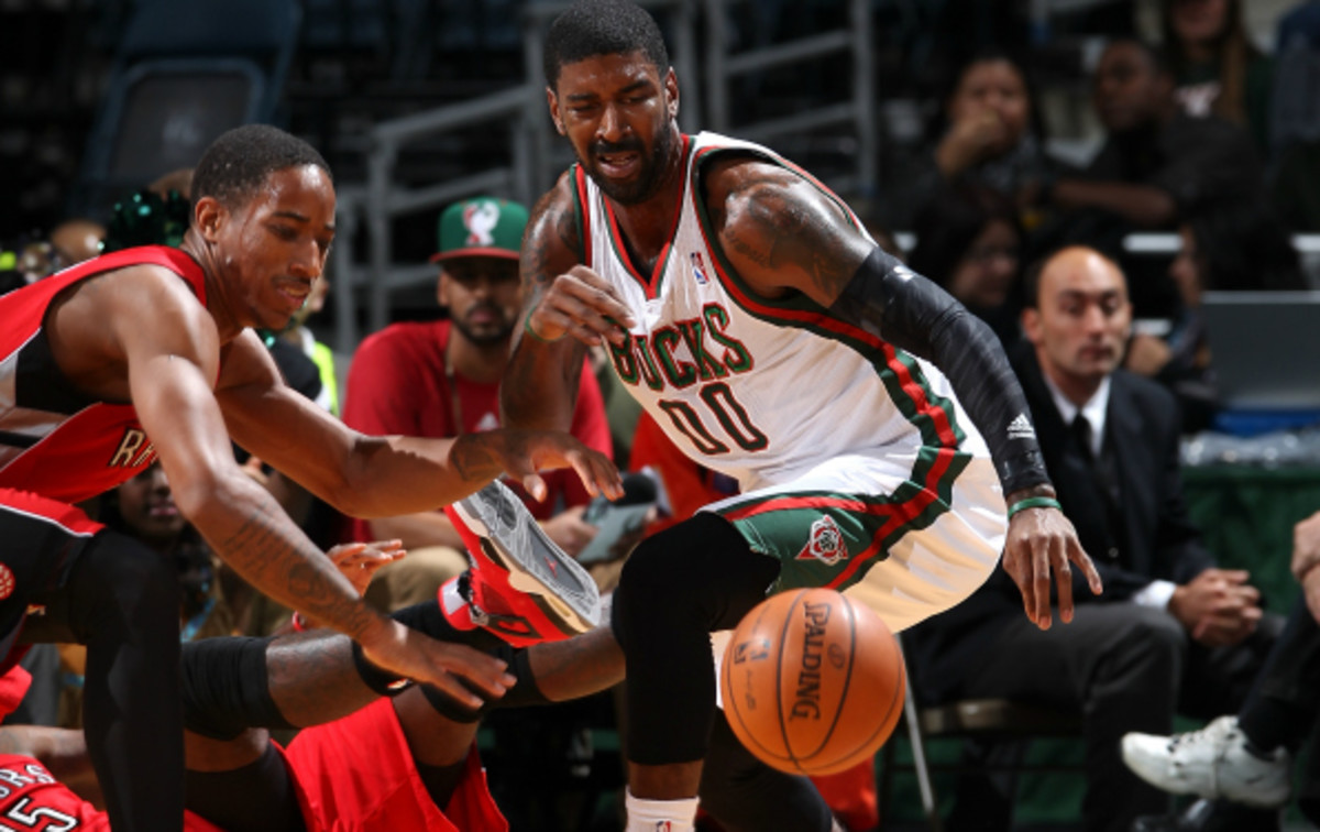 The Milwaukee Bucks cancelled their preseason game with the Raptors in the first quarter due to a slippery court.