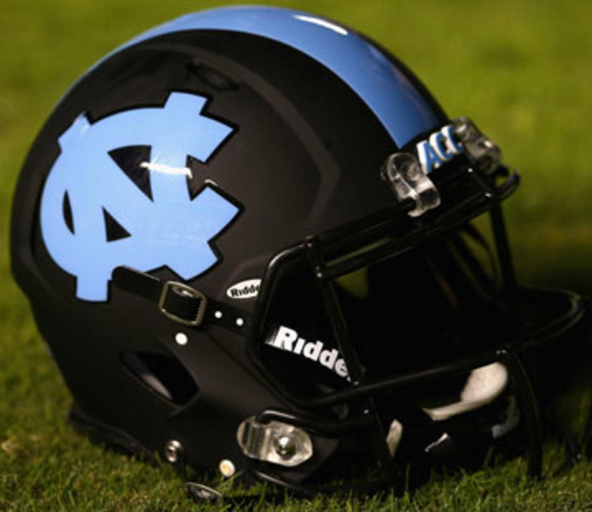 For nearly a decade, North Carolina's helmets have been used to study impact hits to the head. (Streeter Lecka/Getty Images)