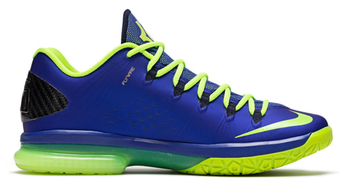 Kevin Durant superhero Nike sneakers