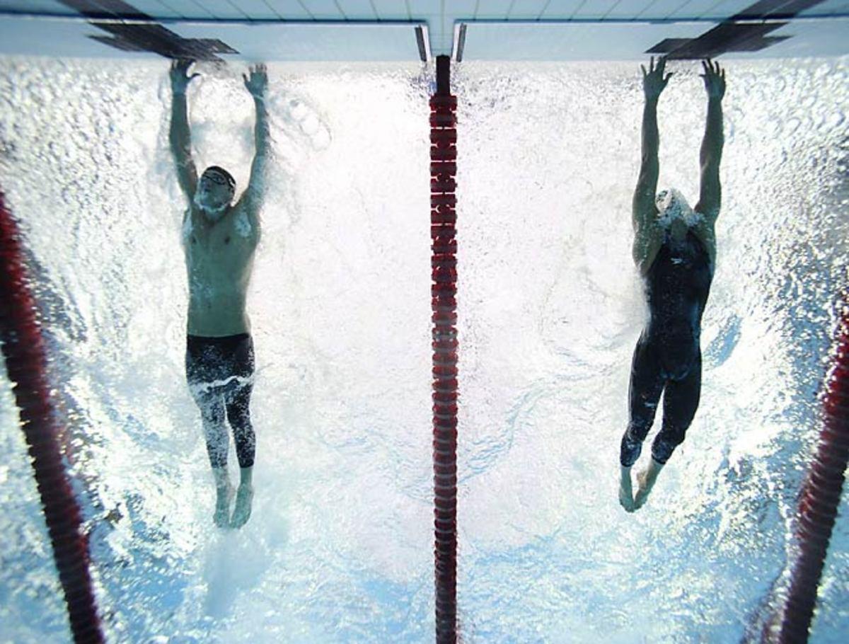 Michael Phelps wins 8 gold medals in Beijing
