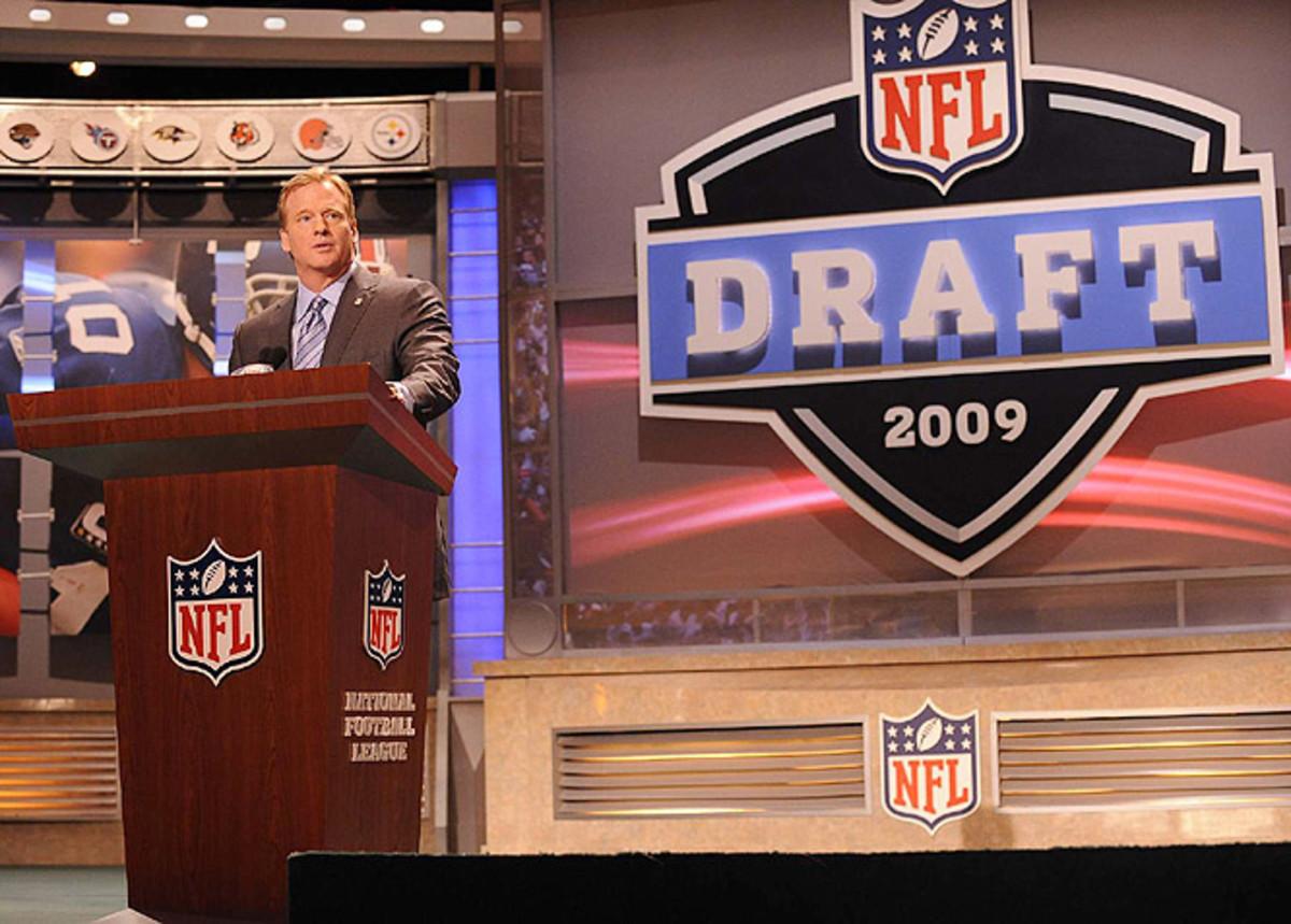 NFL-draft-Goodell.jpg
