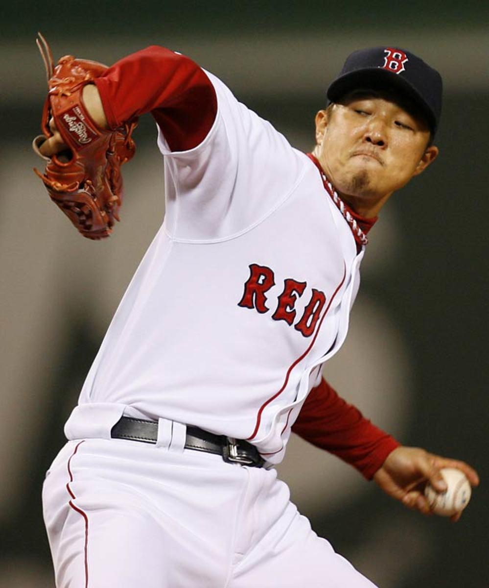 Red Sox sign Hideki Okajima